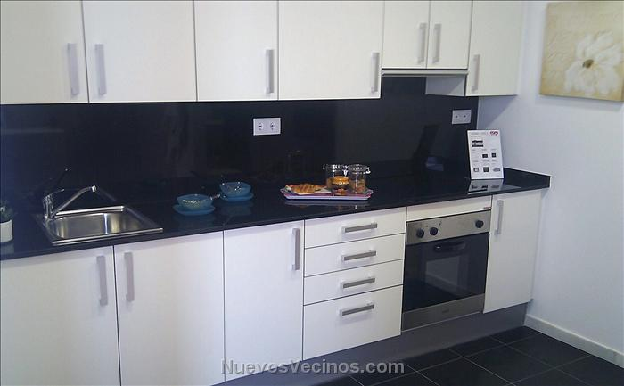 Corp badalona port fotos acabados cocina tipo 1 for Acabados de cocinas