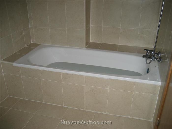 La Escandalera - Fotos - Baño 2-detalle bañera ...